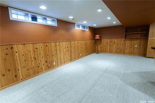 Photo 28: 220 Lake Crescent in Saskatoon: Grosvenor Park Residential for sale : MLS®# SK744275