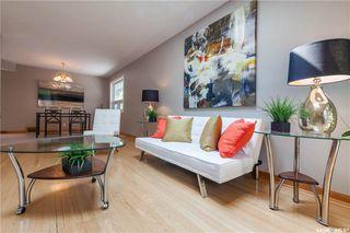 Photo 7: 220 Lake Crescent in Saskatoon: Grosvenor Park Residential for sale : MLS®# SK744275