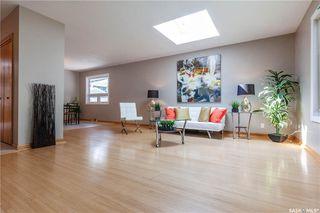 Photo 6: 220 Lake Crescent in Saskatoon: Grosvenor Park Residential for sale : MLS®# SK744275