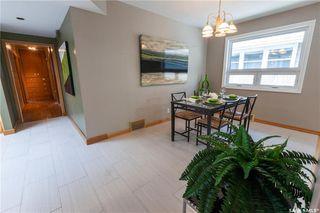 Photo 18: 220 Lake Crescent in Saskatoon: Grosvenor Park Residential for sale : MLS®# SK744275
