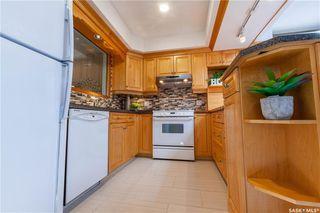 Photo 16: 220 Lake Crescent in Saskatoon: Grosvenor Park Residential for sale : MLS®# SK744275