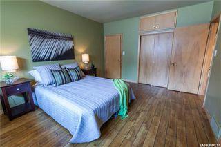Photo 21: 220 Lake Crescent in Saskatoon: Grosvenor Park Residential for sale : MLS®# SK744275