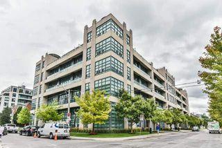 Main Photo: 111 380 Macpherson Avenue in Toronto: Casa Loma Condo for sale (Toronto C02)  : MLS®# C4242676