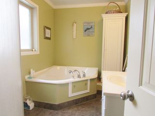 Photo 9: 5004 BORING Road: Hudsons Hope House for sale (Fort St. John (Zone 60))  : MLS®# R2306119