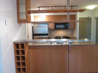 "Photo 4: 1007 1495 RICHARDS Street in Vancouver: Yaletown Condo for sale in ""AZURA II"" (Vancouver West)  : MLS®# R2312999"