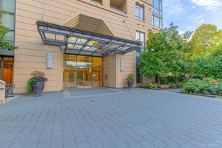 Photo 2: 202 7388 SANDBORNE Avenue in Burnaby: South Slope Condo for sale (Burnaby South)  : MLS®# R2314190