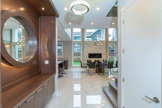 Photo 2: 8340 FAIRBROOK Crescent in Richmond: Seafair House for sale : MLS®# R2336178