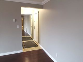 Photo 2: 304 10625 83 Avenue in Edmonton: Zone 15 Condo for sale : MLS®# E4142652