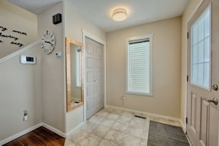 Photo 2: 2120 70 Street in Edmonton: Zone 53 House for sale : MLS®# E4147013
