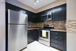 "Photo 5: 404 3668 RAE Avenue in Vancouver: Collingwood VE Condo for sale in ""RAE COURT"" (Vancouver East)  : MLS®# R2350560"