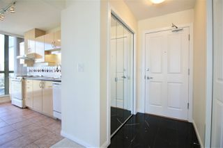 Photo 9: 502 4788 HAZEL Street in Burnaby: Forest Glen BS Condo for sale (Burnaby South)  : MLS®# R2353548