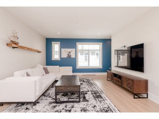 """Photo 3: 76 7665 209 Street in Langley: Willoughby Heights Townhouse for sale in """"Archstone"""" : MLS®# R2359787"""