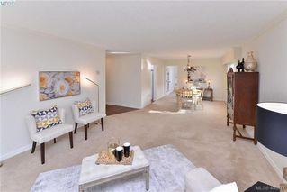 Photo 2: 105 1115 Rockland Ave in VICTORIA: Vi Rockland Condo for sale (Victoria)  : MLS®# 812484