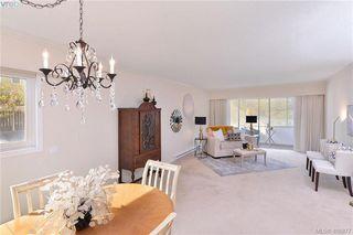 Photo 3: 105 1115 Rockland Ave in VICTORIA: Vi Rockland Condo for sale (Victoria)  : MLS®# 812484