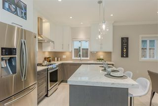 Photo 10: 6759 SPERLING Avenue in Burnaby: Upper Deer Lake House 1/2 Duplex for sale (Burnaby South)  : MLS®# R2368777