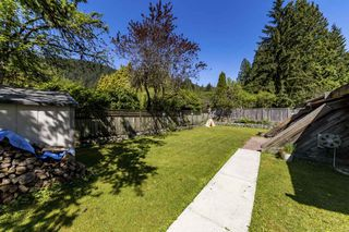 Photo 16: 4527 RAMSAY Road in North Vancouver: Lynn Valley House for sale : MLS®# R2369687