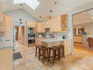 Photo 8: 11362 Chalet Road in NORTH SAANICH: NS Deep Cove Single Family Detached for sale (North Saanich)  : MLS®# 412732