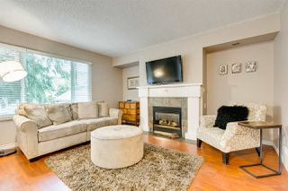 "Photo 2: 558 CARLSEN Place in Port Moody: North Shore Pt Moody Townhouse for sale in ""Eagle Point complex"" : MLS®# R2388336"