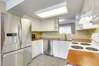 "Photo 8: 558 CARLSEN Place in Port Moody: North Shore Pt Moody Townhouse for sale in ""Eagle Point complex"" : MLS®# R2388336"