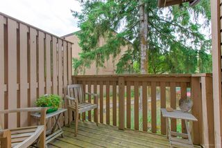 "Photo 6: 558 CARLSEN Place in Port Moody: North Shore Pt Moody Townhouse for sale in ""Eagle Point complex"" : MLS®# R2388336"