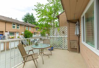 "Photo 10: 558 CARLSEN Place in Port Moody: North Shore Pt Moody Townhouse for sale in ""Eagle Point complex"" : MLS®# R2388336"