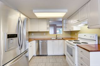 "Photo 7: 558 CARLSEN Place in Port Moody: North Shore Pt Moody Townhouse for sale in ""Eagle Point complex"" : MLS®# R2388336"