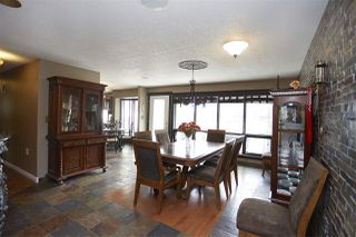 Photo 2: 11 MANOR VIEW Crescent: Rural Sturgeon County House for sale : MLS®# E4165757