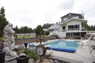 Photo 1: 11 MANOR VIEW Crescent: Rural Sturgeon County House for sale : MLS®# E4165757