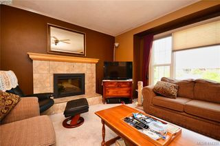 Photo 4: 4159 Dalmeny Road in VICTORIA: SW Northridge Single Family Detached for sale (Saanich West)  : MLS®# 414350