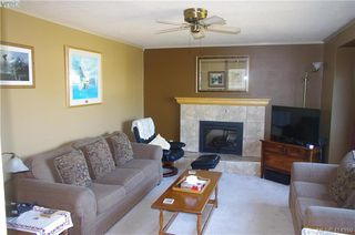 Photo 3: 4159 Dalmeny Road in VICTORIA: SW Northridge Single Family Detached for sale (Saanich West)  : MLS®# 414350
