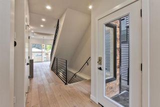 Photo 2: 10466 143 Street in Edmonton: Zone 21 House for sale : MLS®# E4175273