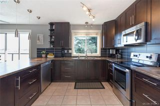 Photo 14: 6662 Rey Rd in VICTORIA: CS Tanner House for sale (Central Saanich)  : MLS®# 831064