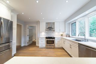 Photo 8: 5574 WOODPECKER Place in North Vancouver: Grouse Woods House for sale : MLS®# R2436026