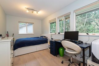 Photo 18: 5574 WOODPECKER Place in North Vancouver: Grouse Woods House for sale : MLS®# R2436026