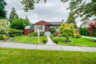 Photo 1: 901 SECOND Street in New Westminster: GlenBrooke North House for sale : MLS®# R2471706