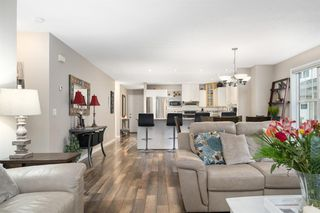 Photo 8: 104 7171 Coach Hill Road SW in Calgary: Coach Hill Row/Townhouse for sale : MLS®# A1032631
