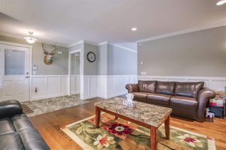 Photo 7: 17387 60 Avenue in Surrey: Cloverdale BC House for sale (Cloverdale)  : MLS®# R2500278