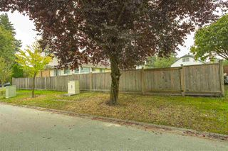 Photo 30: 17387 60 Avenue in Surrey: Cloverdale BC House for sale (Cloverdale)  : MLS®# R2500278