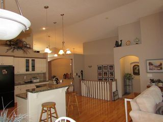 Photo 19: 1307 2 Street NE: Sundre Detached for sale : MLS®# A1038371