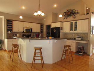 Photo 8: 1307 2 Street NE: Sundre Detached for sale : MLS®# A1038371