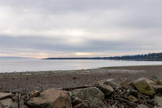 Main Photo: 3915 S Island Hwy in : CR Campbell River South House for sale (Campbell River)  : MLS®# 858416