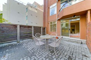 "Photo 15: 301 1419 BEACH Avenue in Vancouver: West End VW Condo for sale in ""1419 Beach"" (Vancouver West)  : MLS®# R2511212"