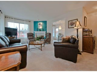 """Photo 5: 301 15272 20TH Avenue in Surrey: King George Corridor Condo for sale in """"WINDSOR COURT"""" (South Surrey White Rock)  : MLS®# F1324967"""