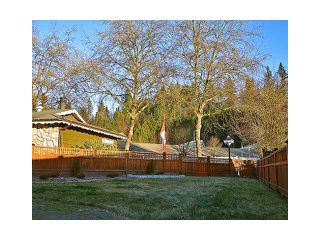 """Photo 2: 1904 KEITH Place in Coquitlam: River Springs House for sale in """"RIVER SPRINGS"""" : MLS®# V1037309"""