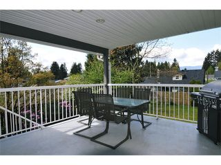 "Photo 8: 19537 116B Avenue in Pitt Meadows: South Meadows House for sale in ""SOUTH MEADOWS"" : MLS®# V1061590"
