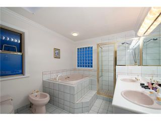 Photo 11: 6723 CYPRESS Street in Vancouver: Kerrisdale House for sale (Vancouver West)  : MLS®# V1066313