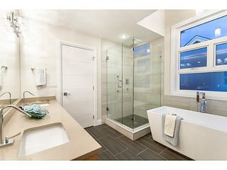 """Photo 12: 35 E 13TH Avenue in Vancouver: Mount Pleasant VE Townhouse for sale in """"Main ST"""" (Vancouver East)  : MLS®# V1071225"""