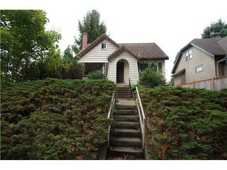 Photo 1: 4004 W 19TH Avenue in Vancouver: Dunbar House for sale (Vancouver West)  : MLS®# V1087488