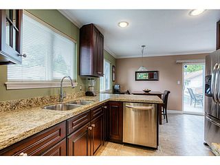 Photo 3: 10385 167TH Street in Surrey: Fraser Heights House for sale (North Surrey)  : MLS®# F1424302