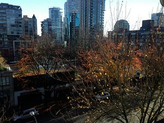 "Photo 5: 503 1003 BURNABY Street in Vancouver: West End VW Condo for sale in ""Milano"" (Vancouver West)  : MLS®# V1094081"